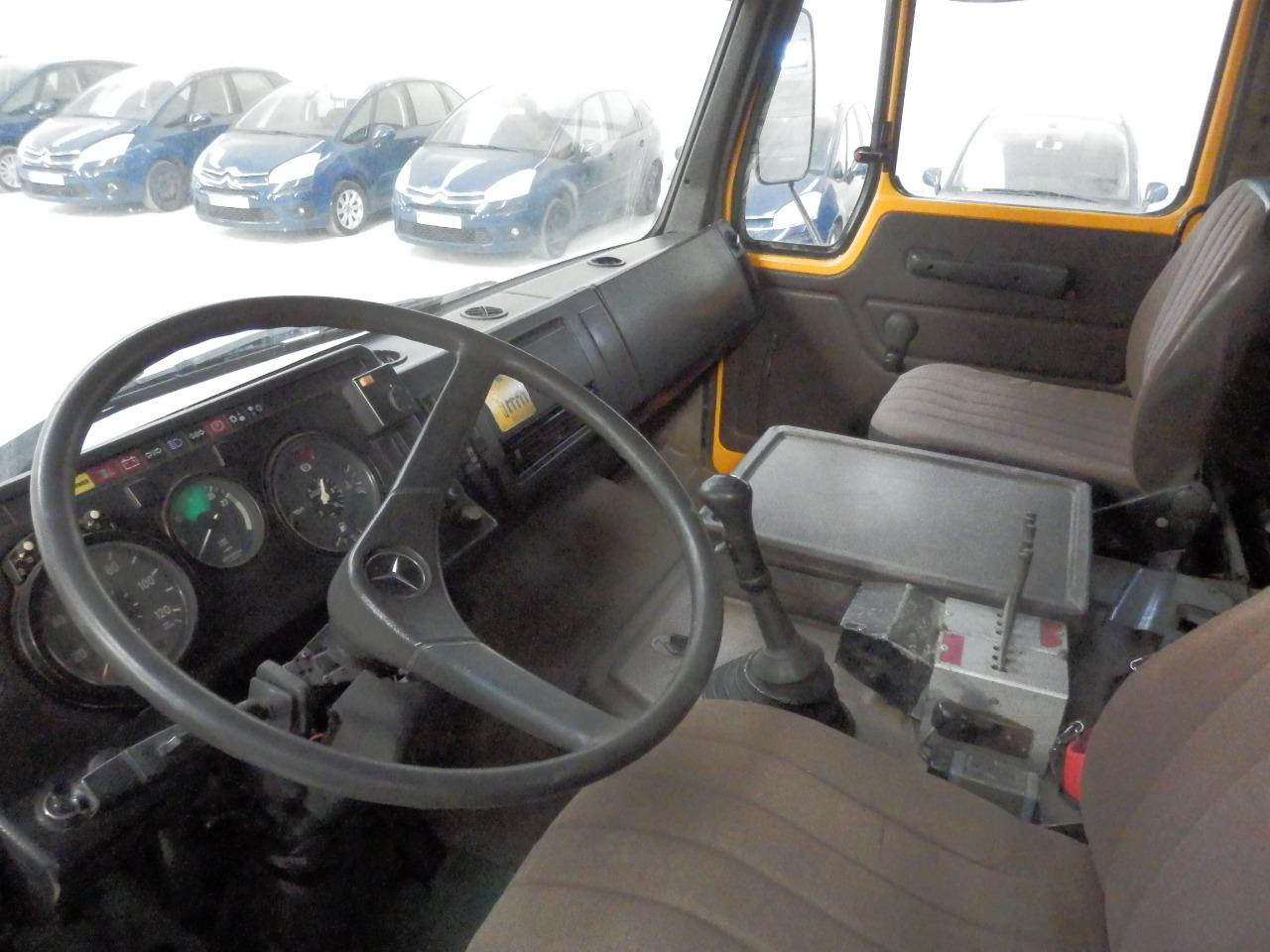 MercedesBenz_SK2233_Multilift_6x2_Palfinger-6