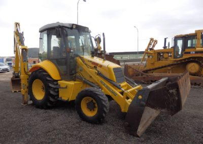 New Holland_LB95B_2006 (2)