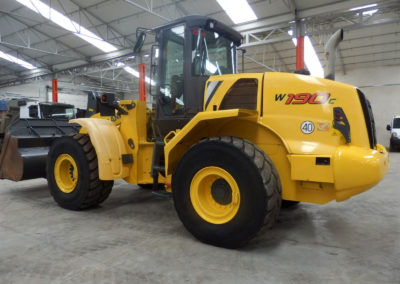 New_Holland_W190C-2