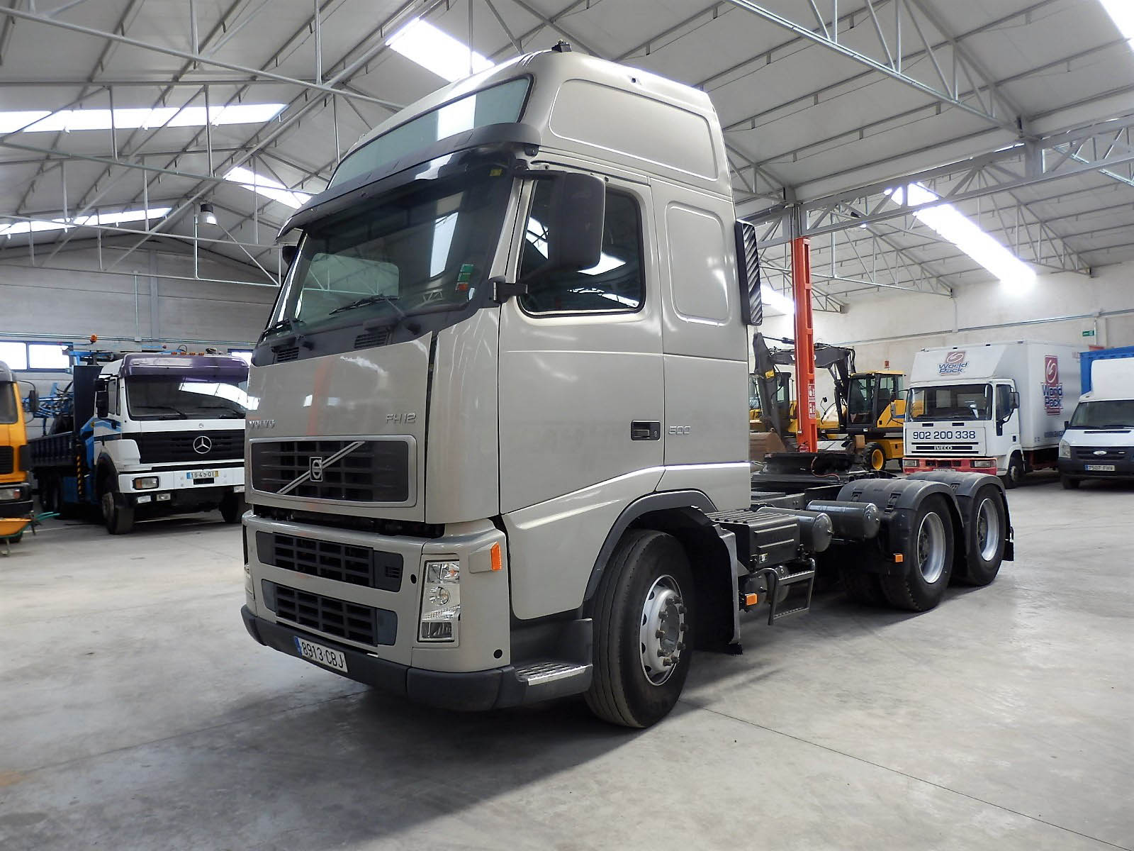 Volvo_FH12_2003-2